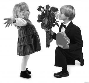 small-boy-girl-love-1024x958