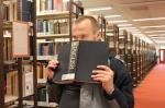 в бібліотеці