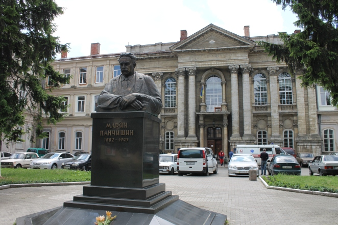 Медицина в Україні - одна з найкорумпованіших сфер